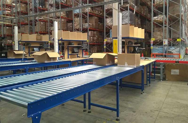 roller conveyor in warehouse
