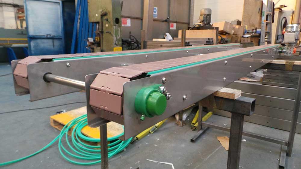 slat conveyor end